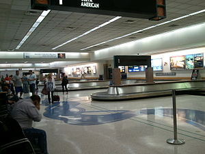 El Paso International Airport - Baggage claim area