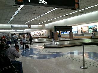El Paso International Airport - Baggage claim area