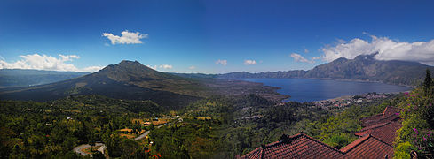 Bali – Panorama of Mt Butur Volcano & Lake Butur (2688861538).jpg