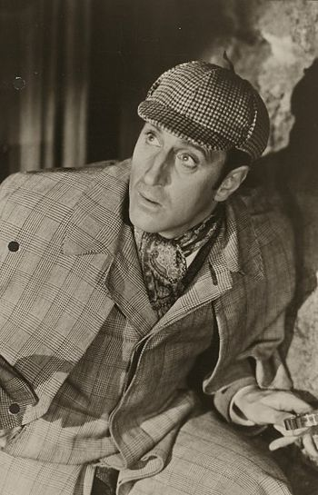 English: Photograph of Basil Rathbone as Sherl...