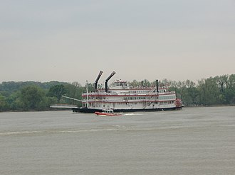 Great Steamboat Race - The Belle of Cincinnati follows the competitors in 2007