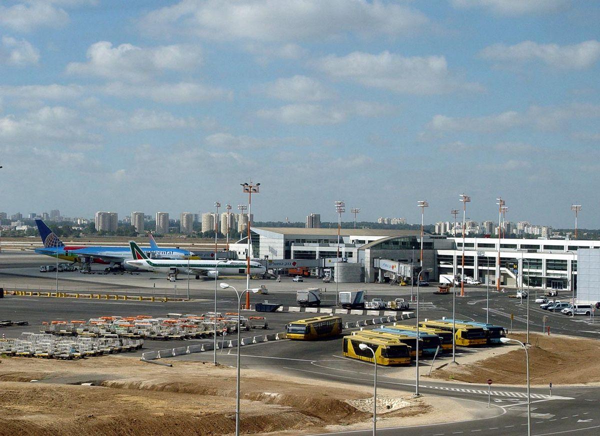 Міжнародний аеропорт імені Давида Бен-Гуріона — Вікіпедія aa5498bb839e3