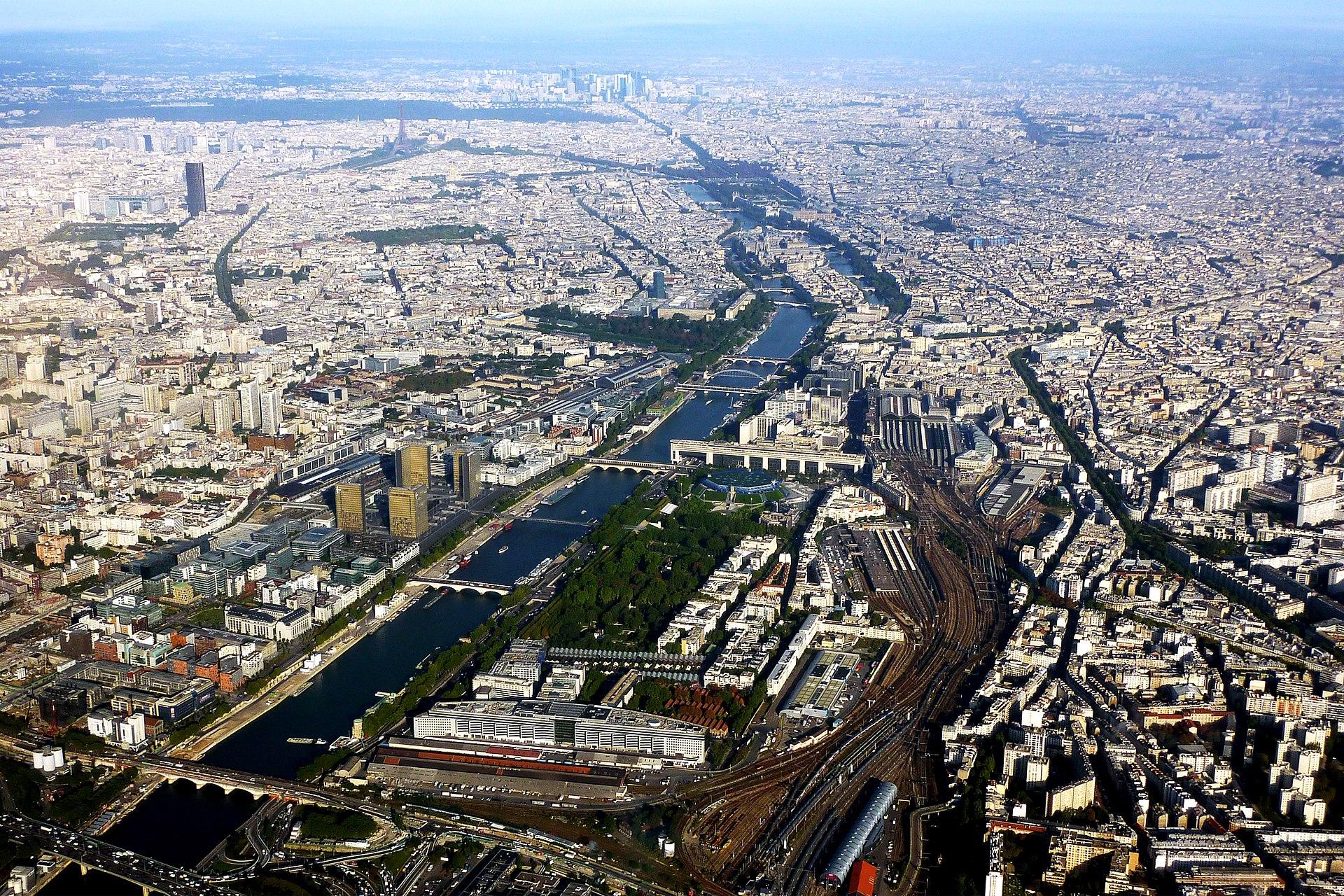 Adagio City Tour Eiffel