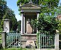 Berlin, Kreuzberg, Zossener Strasse, Friedhof II der Jerusalems- und Neuen Kirche, Grabmal Karl von Graefe.jpg