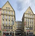 Berlin, Neukoelln, Karl-Marx-Strasse 131-133, Passage.jpg