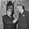 Besprekingen over ontwikkelingshulp door de Westduitse minister H.J. Wischnewski, Bestanddeelnr 920-9803.jpg
