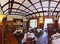 Bielawa, Hotel Dębowy, interiér jednoho z pokojů.jpg