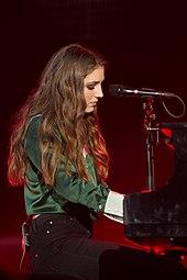 Birdy (singer) - Wikipedia