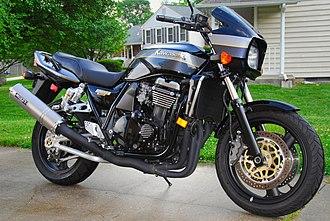 Kawasaki ZRX1100 - Image: Black Kawasaki ZRX 1100