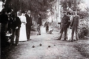 San Vicente, Buenos Aires - Family playing bocce in San Vicente, c. 1902