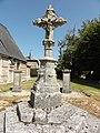 Bolleville (Seine-Mar.) croix de l'ancien cimetière.jpg