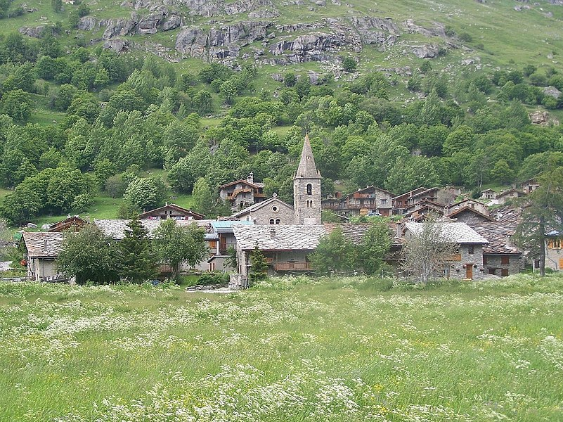 Sight of French village of Bonneval-sur-Arc, first village of the Maurienne valley and so, very close to Italy, in Savoie.