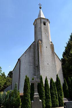 Borová kostol 04.jpg