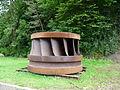 Bort-les-Orgues roue de turbine.JPG