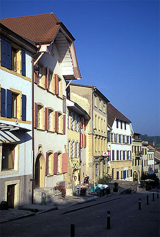 Boudry - Houses in old Boudry
