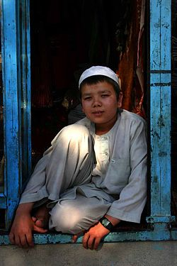 Boy in Mazar-e Sharif - 06-16-2005.jpg