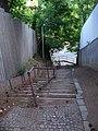 Braník, chodník Na Křížku, dolní schodiště.jpg