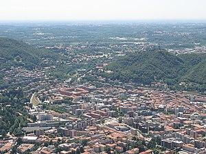 Panorama su Como dal monte di Brunate.