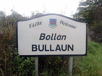 Bullaun, County Galway - Bullaun road signage, on the R350 road