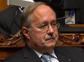 Bundesratswahl 2008, Schmid während Rücktrittserklärung-Vorlesung.png