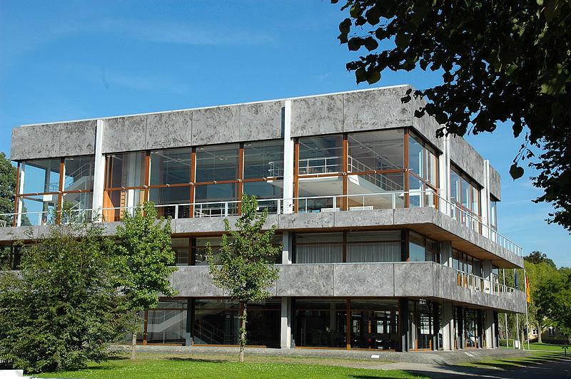 Sitzungssaal des Bundesverfassungsgerichts Karlsruhe, Wiki Commons