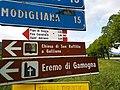 CAI 585 Sant'Adriano Segnavia.jpg
