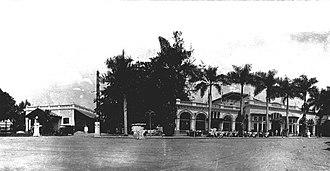 Hotel de Boer - Image: COLLECTIE TROPENMUSEUM De voorgevel van Hotel de Boer in het centrum van Medan T Mnr 60012517