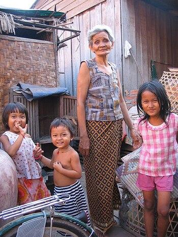 squatter family in cambodia