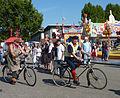 Cannstatter Volksfest 2011 Globus und Adler.jpg