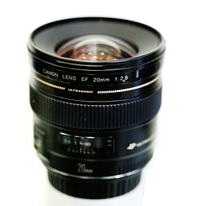 Canon EF 20mm lens - Image: Canon 20mm MG 2033