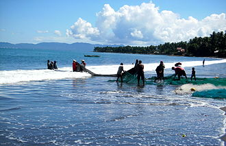 Surigao del Sur - Coastal fishing in Cantilan
