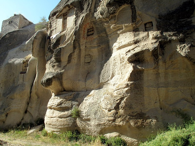File:Cappadocia (3823845637).jpg