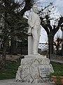 Casalincontrada - Monumento a Cesare De Lollis.jpg