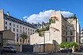 Caserne de sapeurs-pompiers rue Marie-Pape-Carpentier rue Madame.jpg