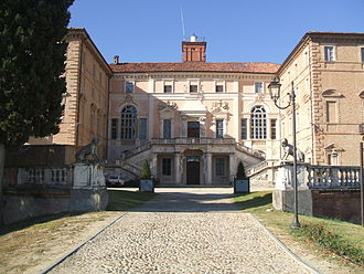 Residences of the Royal House of Savoy - Image: Castellogovone 2