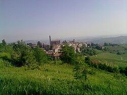 Castiglione Tinella panorama 2010-09-30.jpg