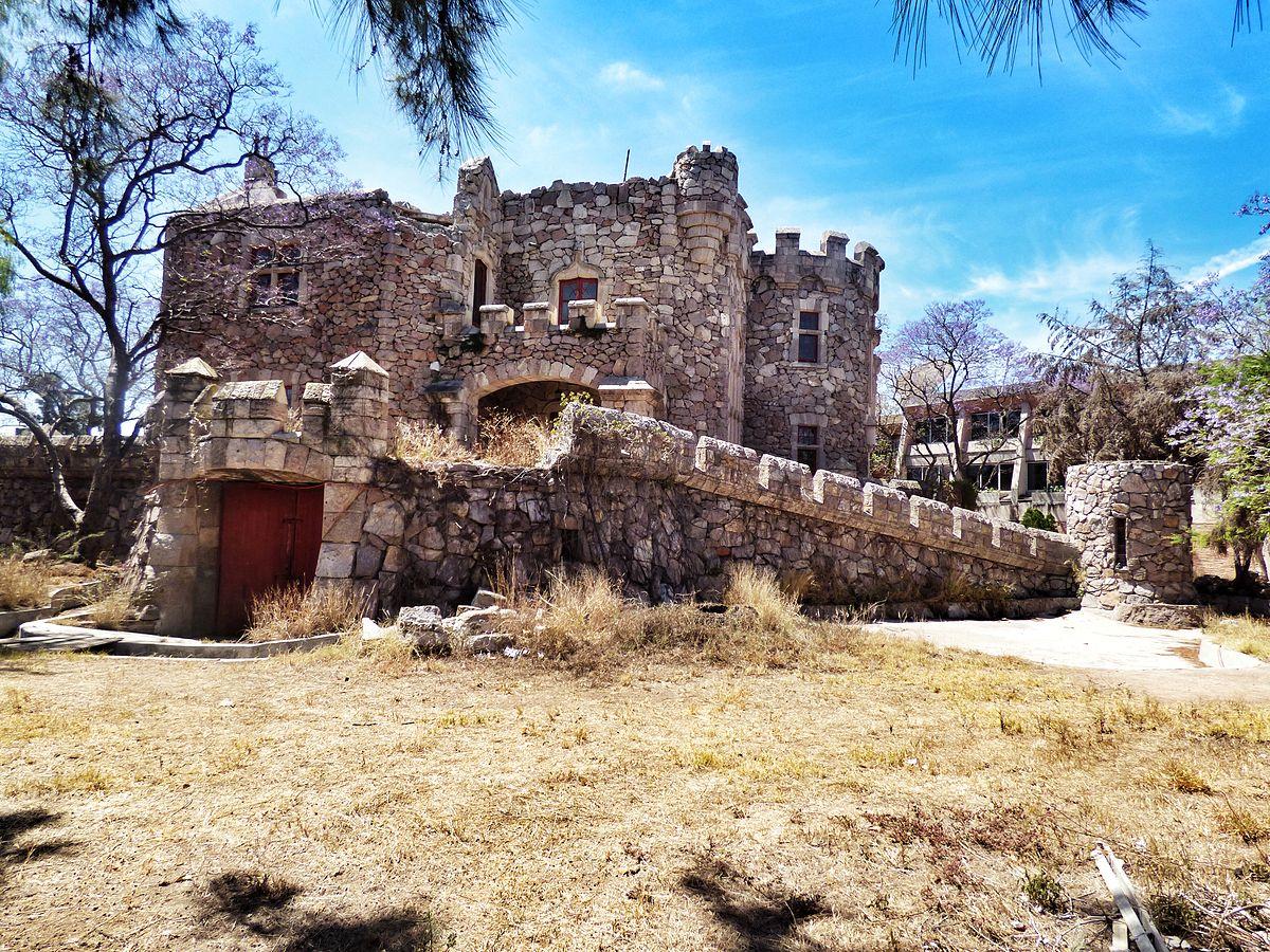 Castillo Douglas Wikipedia
