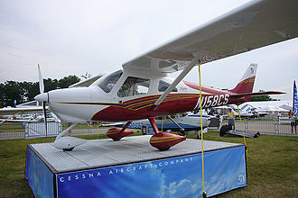 Cessna 162 Skycatcher - N158CS, the proof-of-concept, on display at the EAA AirVenture Oshkosh 2006.