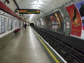 Chancery Lane tube station - Image: Chancery Lane stn westbound look east