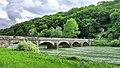 Chenecey-Buillon, le pont sur la Loue et l'oratoire.jpg
