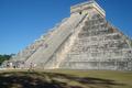 Chichén Itzá Templo de Kukulcán (Yucatán).png