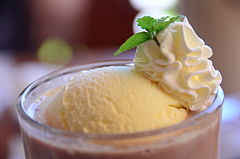 Cocoa float (6036621412).jpg