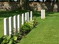 Contalmaison Chateau Cemetery -10.JPG