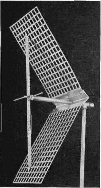 Corner reflector antenna - 450 MHz homemade corner reflector.