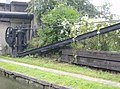 Crane on Bridgewater Canal - geograph.org.uk - 533707.jpg