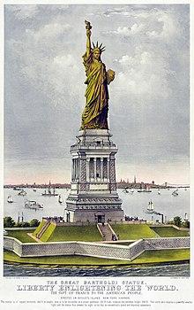 Цветное изображение Статуи Свободы и острова Эллис.  Статуя зеленого цвета