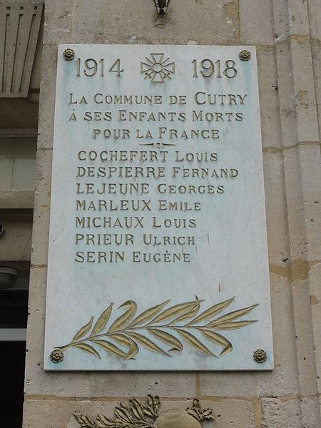 Cutry (Aisne) plaque monument aux morts sur la mairie