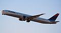 DELTA 767-400 (2540587054).jpg
