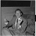 Danny Kaye - L0063 971Fo30141701300175.jpg