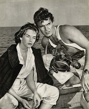 Franco Silva - Dawn Addams and Franco Silva  in the film Mizar (1954)